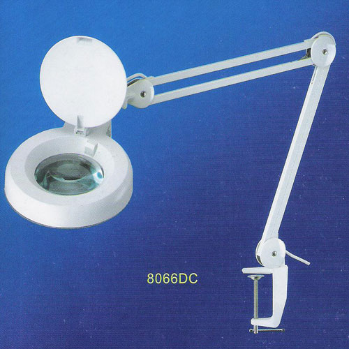 Magnifying Lamps   8066DC. 8066DC